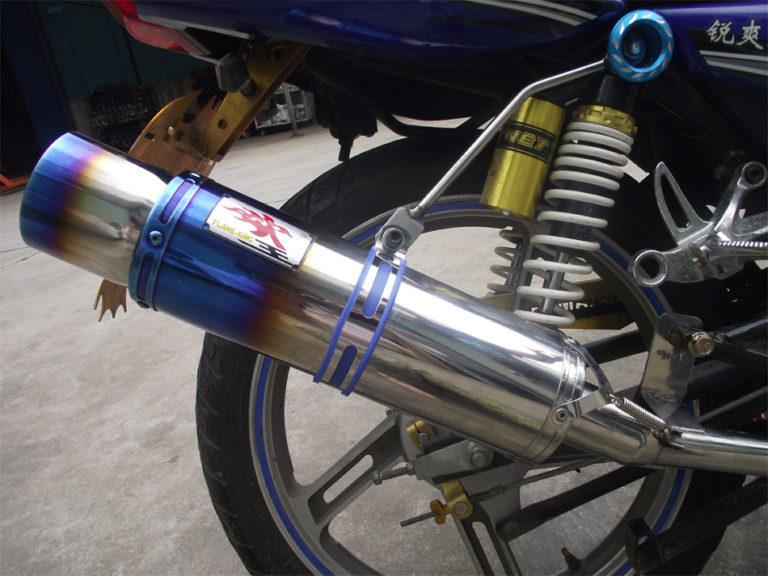 Что дает прямоточный глушитель на мотоцикле